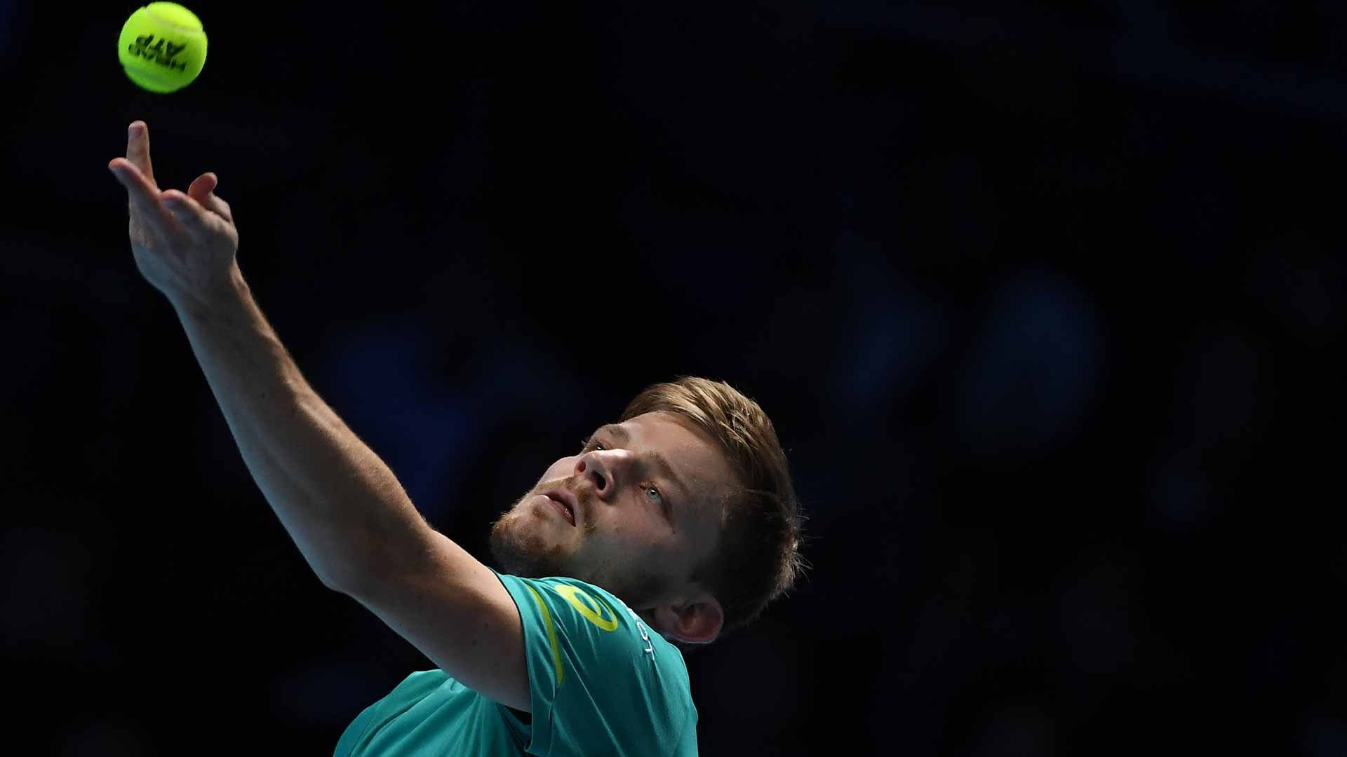 01-Goffin-Serve-Nitto-ATP-Finals-2017-Saturday
